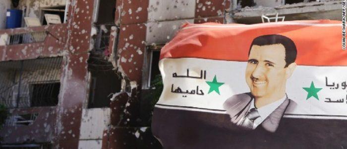 """Batı """"Suriye Rejimini İzole Etmek İçin"""" İslam Devleti'nin Yükselişine Olanak Sağladı"""